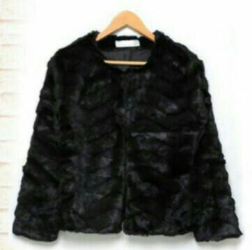 ファーコートはショート丈ですっきり??着ぶくれ知らずの冬にする方法